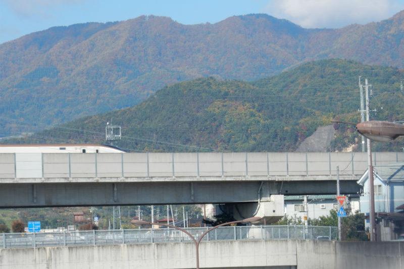 新幹線と陣場平