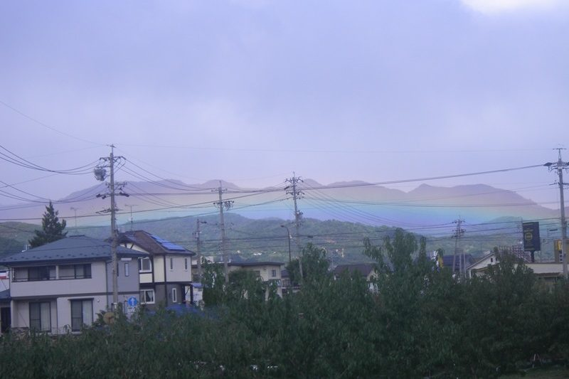虹の七二会