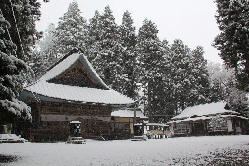 雪の守田神社①