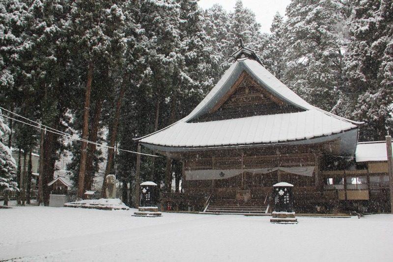雪の守田神社②